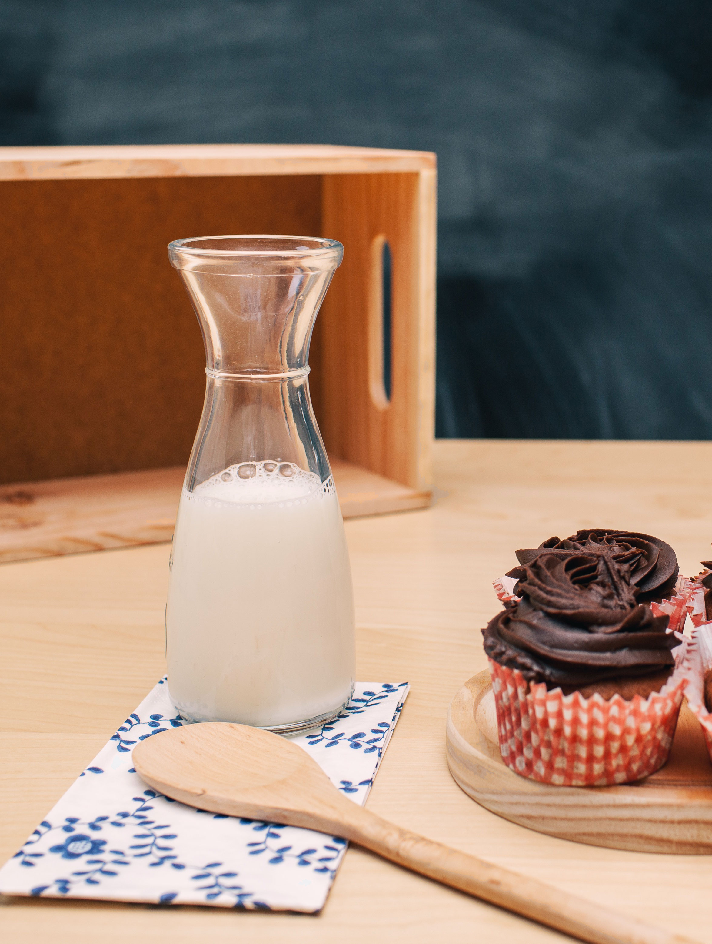 Simply Raw Milk used to make chocolate cup cakes